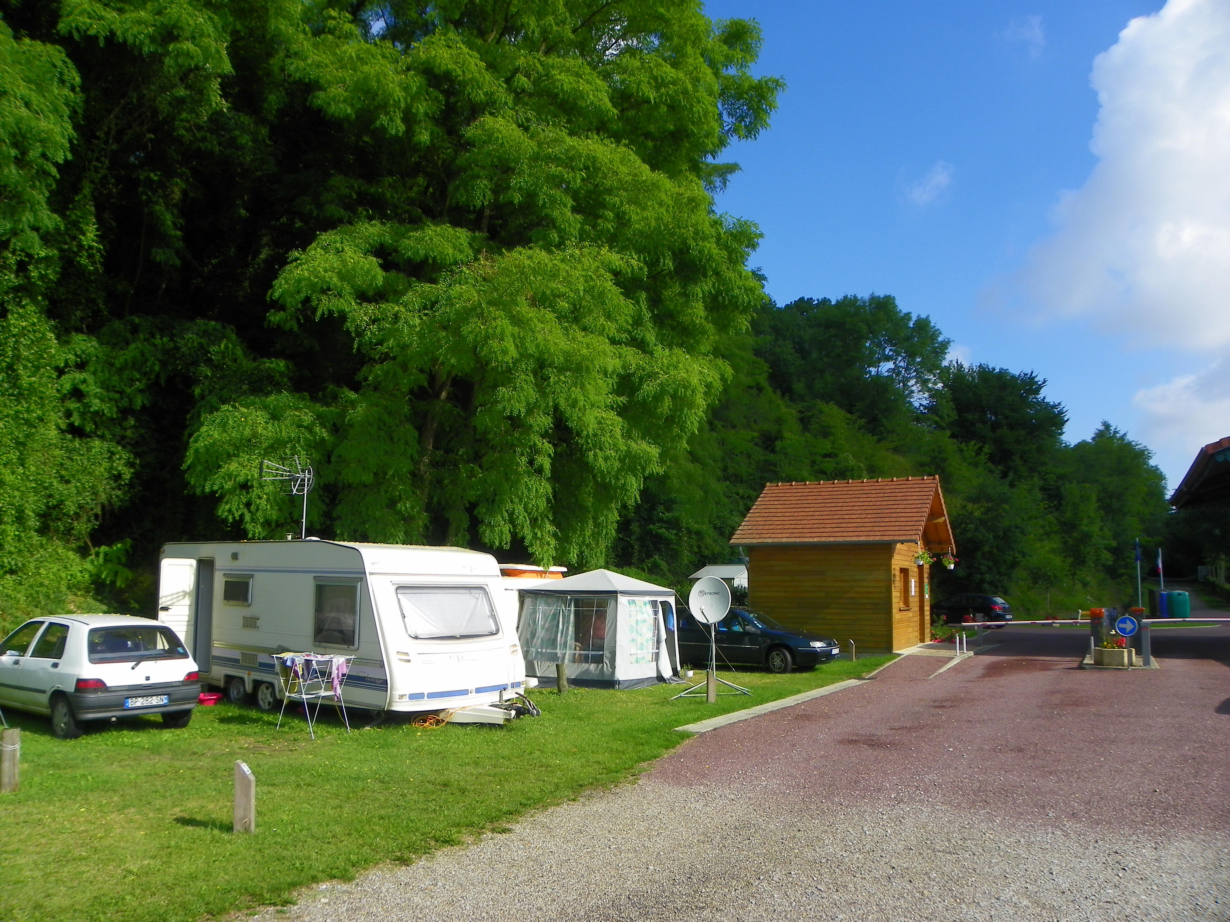 Camping Les Acacias : HPA Camping Les Acacias - Trouffreville-sur-Eu - Campings - Office de Tourisme Le Tréport