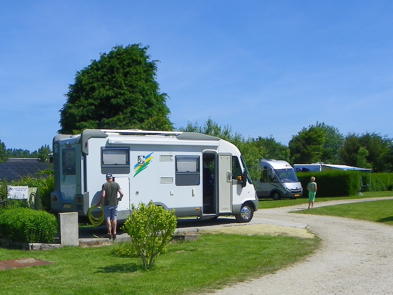 Parking and service area of the Camping l'Aiguille Creuse, LES LOGES