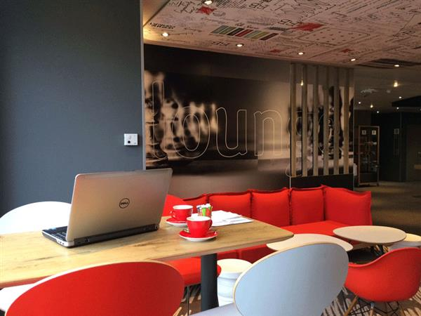Hôtel-IBIS-Honfleur-Lounge